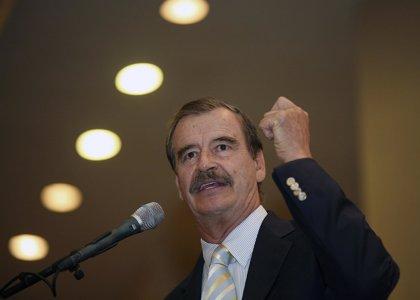"""Vicente Fox llama al voto para Clinton para evitar que """"el loco"""" Trump llegue al poder"""