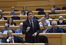 """PSOE exige a Rajoy que le pida el acta a Barberá o """"parecerá que no es libre para hacerlo"""""""
