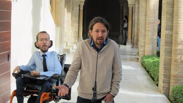 El secretario general de Podemos, Pablo Iglesias, en primer plano