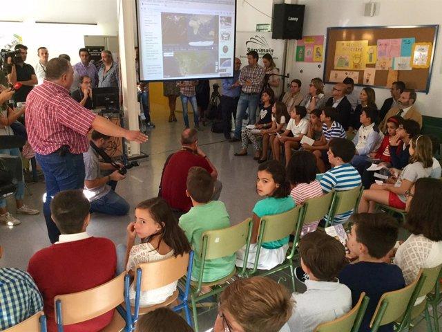 Alumnos del colegio Almadén comunican con la Estación Espacial Internacional.