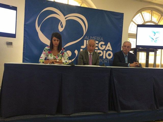 La campaña 'Almería Juega Limpio' se extiende por todo el deporte provincial.