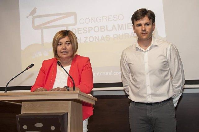 Rosario Cordero y Fernando Grande, presidenta y diputado de Cáceres