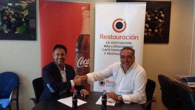 Convenio entre Coca-Cola y la Asociación de restauradores