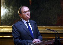 """García-Escudero defiende que los Parlamentos ejerzan """"control jurídico y político"""""""