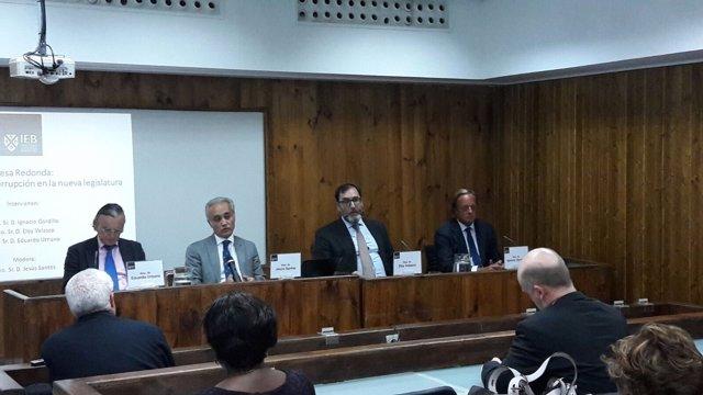 El juez Eloy Velasco en una mesa redonda sobre corrupción