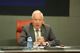 Margallo dice que a Barberá se le dieron dos opciones: dejar el Senado o dejar el PP