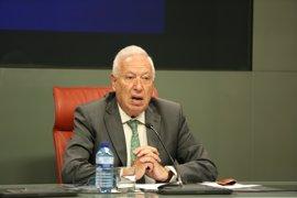 Margallo augura que si el PSOE cae en las vascas y gallegas estudiará un cambio de rumbo