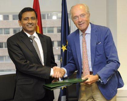 Adif asesorará a India en la construcción de su red AVE