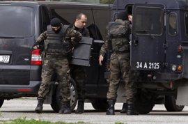 Detenidos 40 extranjeros por su presunta relación con el Estado Islámico en Turquía