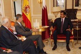 El Rey Felipe VI se reúne con el emir de Qatar y el presidente de Portugal y prevé verse con José Manuel Santos
