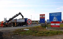 Austria comienza los trabajos para poder levantar una valla en la frontera con Hungría