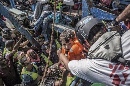 MSF pide a Pfizer que siga el ejemplo de GSK y abarate sus vacunas para niños refugiados