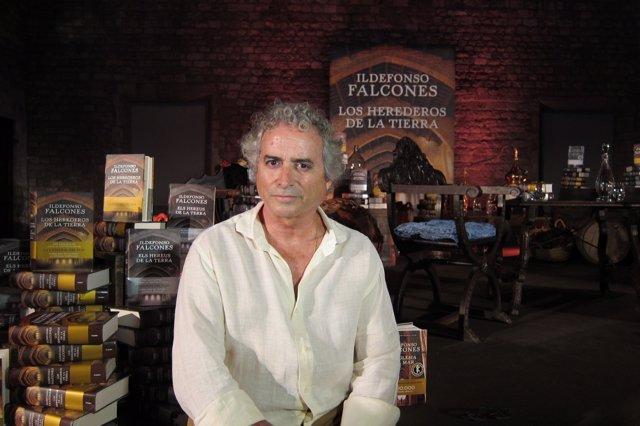 El escritor Ildefonso Falcones