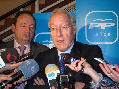 Manuel Pizarro aboga por ir acercando las condiciones laborales de temporales y fijos