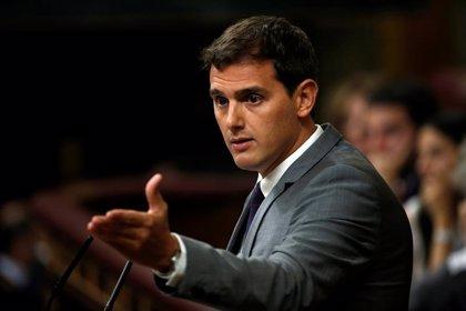 """Rivera, a Sáez de Santamaría: """"No hay que respetar la sentencia del TUE, sino aplicarla"""""""