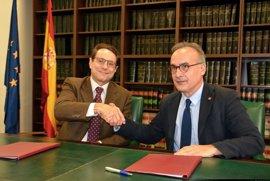 Carlos III y SEOM amplían su programa de investigación 'Contratos SEOM-Río Hortega'