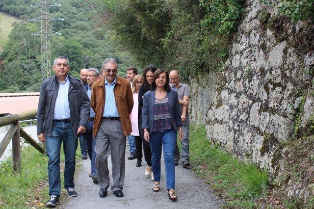 María Jesús Álvarez visita la Senda del Oso.
