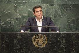 Tsipras dice que su prioridad absoluta es reducir el desempleo en Grecia