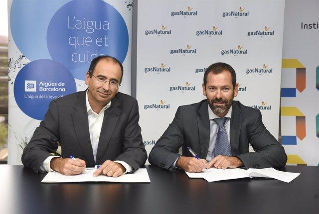 Xavier Iraegui (Aigües de Barcelona, iqda) y Raul Font (Gas Natural Catalunya)