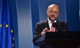 Schulz pide a Londres activar cuanto antes el Brexit y no entorpecer el paso de la UE
