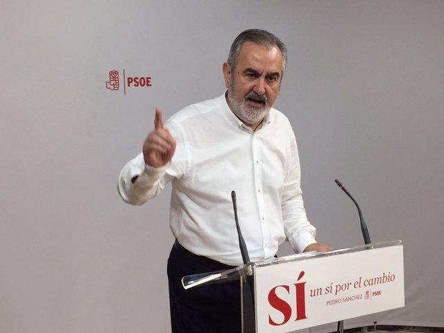 González Tovar en rueda de prensa