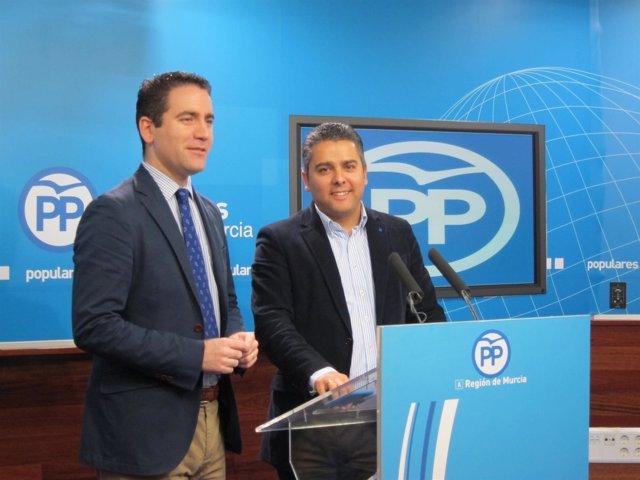 Teodoro García y Jesús Cano, en la rueda de prensa