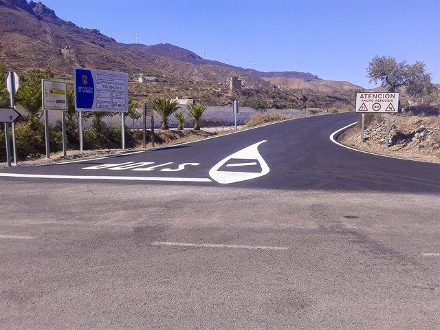Obras en la carretera AL-3105, en Almería