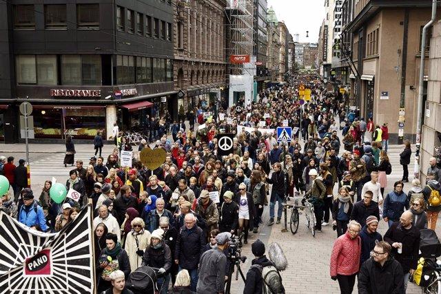 Manifestación antifascista en Helsinki