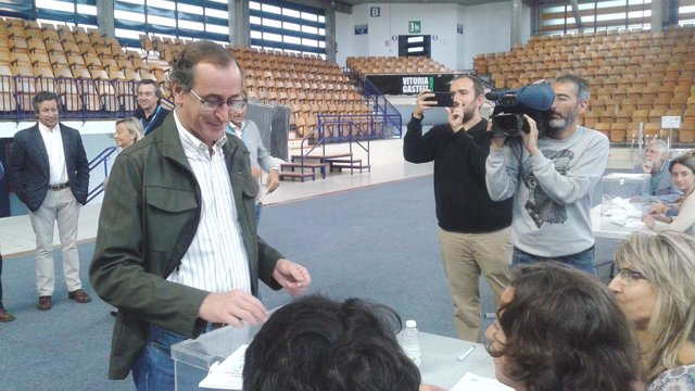 El presidente del PP vasco y candidato a lehendakari, Alfonso Alonso,