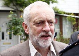 """Corbyn rechaza una purga de diputados laboristas críticos, aunque """"habrá cambios"""""""