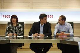 Cargos socialistas se pronuncian a favor o en contra de Sánchez en Twitter
