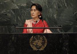 Suu Kyi vuelve de Estados Unidos con problemas gástricos y de fatiga