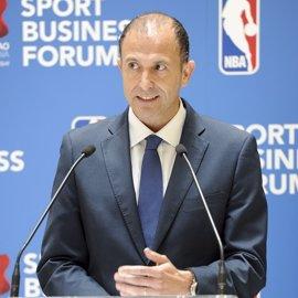 Jesús Bueno expone los proyectos de NBA en Europa en los Desayunos Deportivos de EP