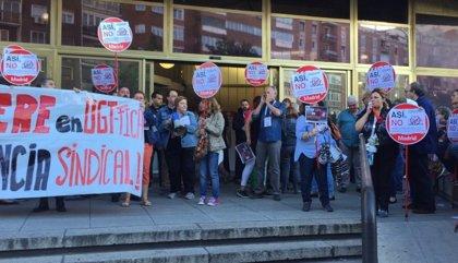 Toda la plantilla de UGT FICA estatal secunda la huelga contra el bloqueo en la negociación del ERE