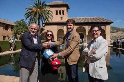 Philips y la Asociación España Salud completan la cardioprotección de la Alhambra
