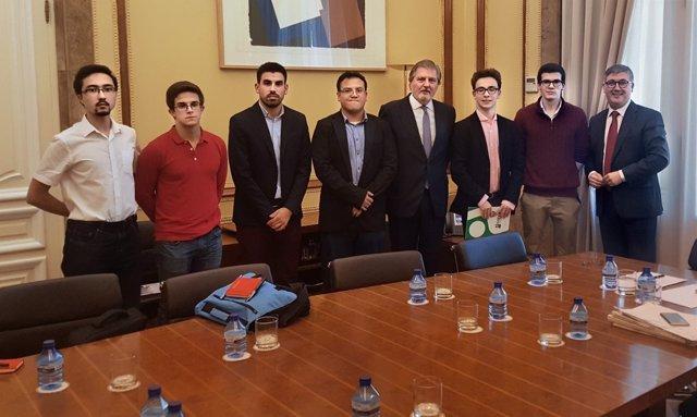 Asociaciones de Estudiantes y Ministro de Educación