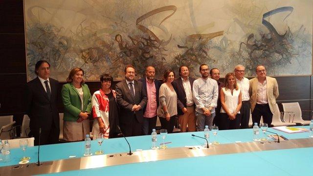 Isabel Ambrosio (en el centro) en la comisión de Patrimonio