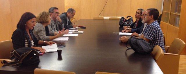 Reunión PSOE con padres de alumnos con discapacidad intelectual
