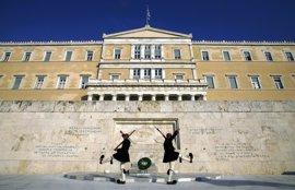 El Parlamento griego aprueba nuevas reformas para desbloquear un nuevo tramo de rescate
