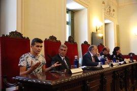 Otros 31 refugiados sirios e iraquíes llegan a España procedentes de Grecia