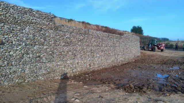 El Govern construye una presa junto al aeropuerto de Alguaire