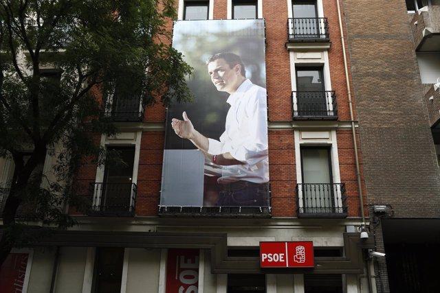 Imagen de Pedro Sánchez en su sede del PSOE de Ferraz