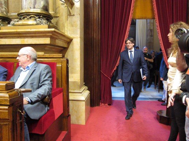El presidente de la Generalitat, Carles Puigdemont, y Lluís Rabell, JxSí