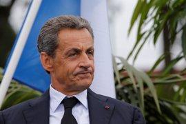 Juppé amplía su ventaja sobre Sarkozy en las primarias del centro derecha francés