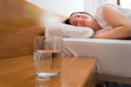 ¿Por qué tenemos sed antes de dormir?