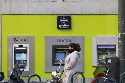"""Los sindicatos descartan un ajuste """"significativo"""" de plantillas si hay fusión Bankia-BMN"""