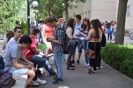Convocadas ayudas para jóvenes que cursen másteres oficiales en la UCLM