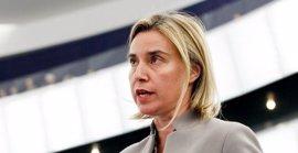 Mogherini admite la posibilidad de imponer sanciones a Rusia por su intervención en Siria