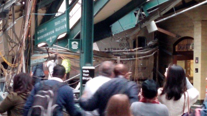 El accidente de un tren en Nueva Jersey deja un muerto, además de ...