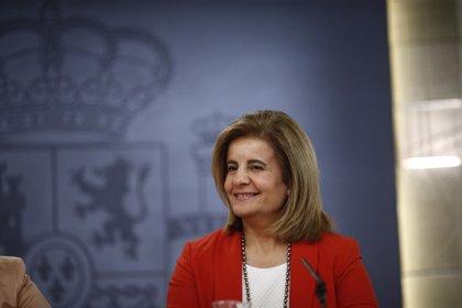 Báñez entrega siete medallas de Plata al Mérito en el Trabajo